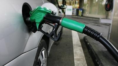 Emblemas privados también reducen sus precios de combustibles