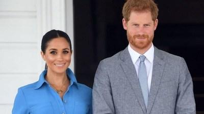 Meghan Markle planea publicar su diario personal y crece la preocupación en la familia real