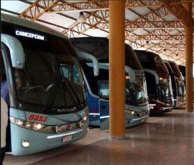 Con restricciones reabre la terminal de ómnibus en Pedro Juan
