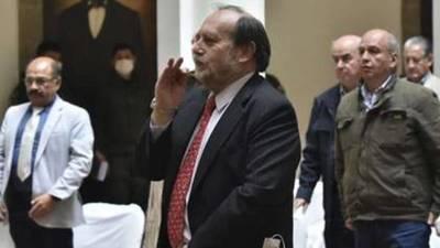 Detienen al ministro de Salud de Bolivia por la compra de respiradores al triple del precio de mercado