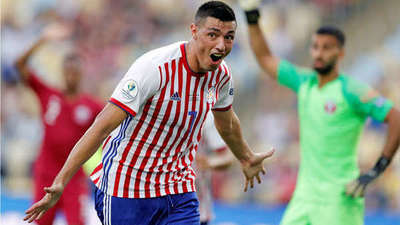 """Champions League y Europa League felicitan a óscar """"Tacuara"""" Cardozo en su cumpleaños"""
