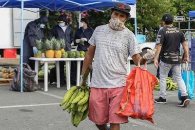 Guayaquil relaja cuarentena tras reducir muertes por coronavirus en Ecuador