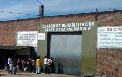 Aíslan a reos en la mayor cárcel boliviana tras 3 muertos de COVID-19