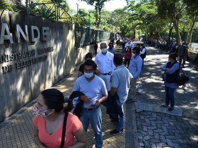 Sobrefacturaciones de la ANDE: Siguen los reclamos