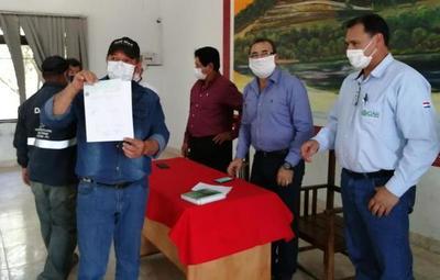 CAH entregó asistencia económica a trabajadores de las canteras de Vallemí