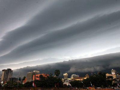 Meteorología emite alerta para 11 departamentos