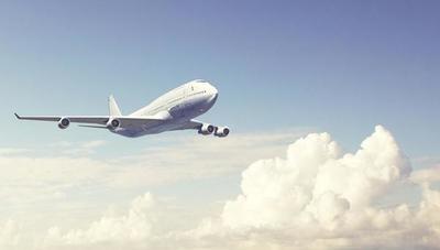 Organizan vuelos con empresas privadas para connacionales que deseen volver al país