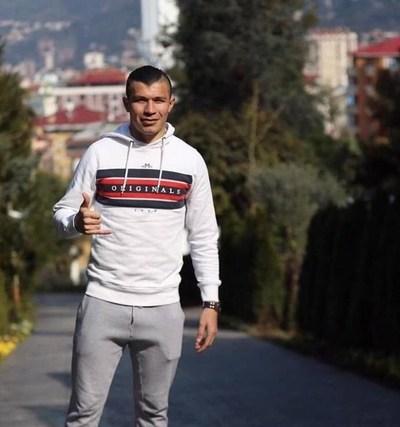 Desde Turquía: Braian Samudio incentiva a realizar ejercicios desde casa