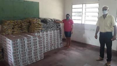 Gobernación entrega merienda escolar en Alto Paraguay