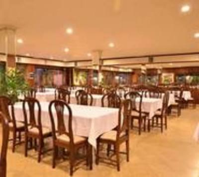 Restaurantes anuncian volver por más de que no estén habilitados