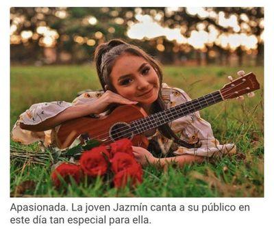 Jazmín del Paraguay celebra sus 15 años con un concierto benéfico