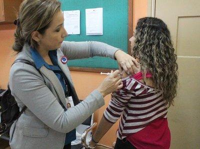 En junio llegarían más vacunas contra la influenza