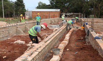 Construcción de USF están brindando hoy mano de obra y ayuda a mover la economía local