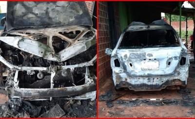 Vehículo se incendia en patio de una vivienda en Minga Guazú