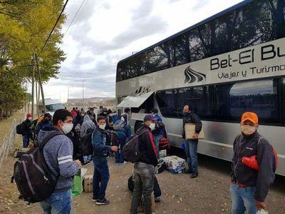 """Hoy llegarán más paraguayos del exterior: """"Hay 860 habitaciones en 16 hoteles"""""""