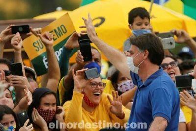 Bolsonaro participó de tres manifestaciones a favor de un golpe de Estado y una dictadura para terminar con las restricciones
