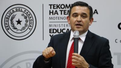 Estudiantes piden al Ejecutivo remover a Petta del cargo