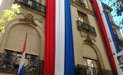 """HOY / Embajada retruca a infectólogo argentino que afirmó que """"Paraguay no sabe qué hacer con los cadáveres"""""""