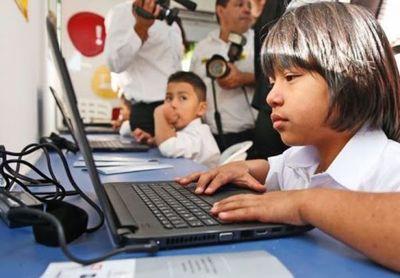 Financiarán proyecto para llevar internet a más de 2.000 escuelas
