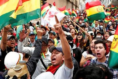 Morales renuncia a presidencia de Bolivia en medio de crisis política y dice que pidieron su detención