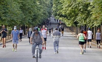 HOY / Madrid y Barcelona recuperan parte de su actividad social y económica