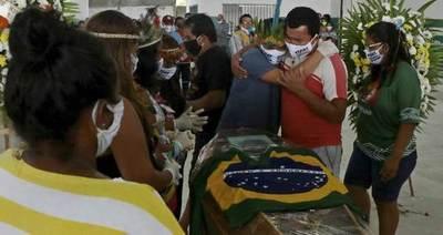 """Coronavirus """"arrasa"""" en Brasil con 22.666 óbitos y 363.211 casos"""