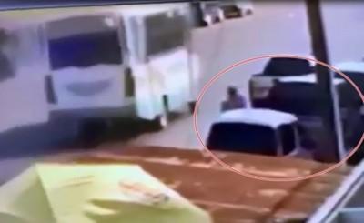 Hurtan G. 17 millones del interior de un vehículo en la Avda. San Blas