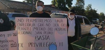 Tras manifestación, nombran a directora del Hospital Regional de San Pedro
