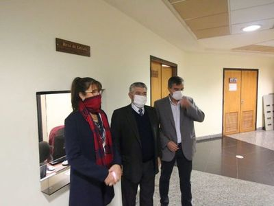 Diputados liberales insisten con juicio político a Sandra Quiñónez