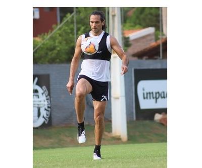 Roque Santa Cruz: 'Estamos en un momento en que se puede empezar a volver a entrenar'