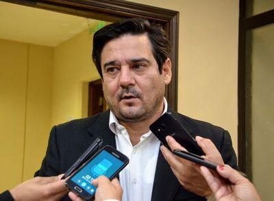 """Ante """"abusos"""" de la Ande, senadores convocan a su presidente, Luis Villordo"""