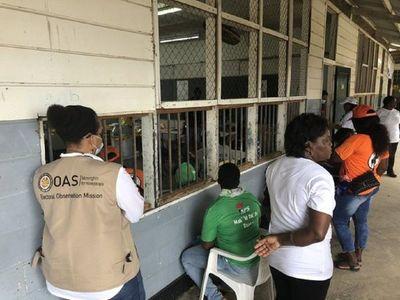 Surinam decide en las urnas futuro de su presidente, condenado por asesinato y narcotráfico