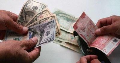 Guaraní sigue como moneda menos devaluada ante el dólar