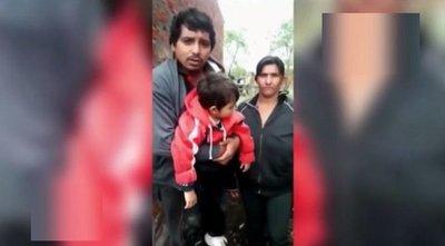 Familia varada en Resistencia, Argentina, clama por ayuda