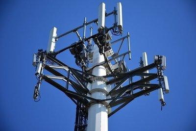 Teorías conspirativas vinculan al coronavirus con las antenas 5G · Radio Monumental 1080 AM