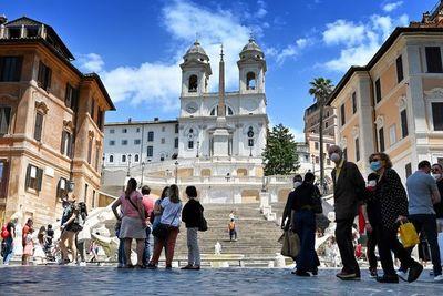 Italia propone reabrir 15 de junio las fronteras dentro de Europa