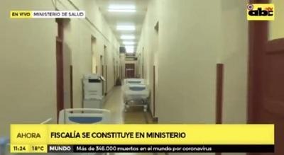 Fiscales allanan dependencias del Ministerio de Salud