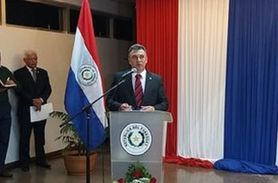 Presidente de ANDE promete dar solución a problema de sobrefacturaciones