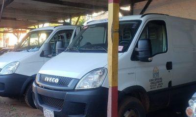 Se reactivan dos furgonetas más y avanza la renovación del parque automotor municipal de CDE