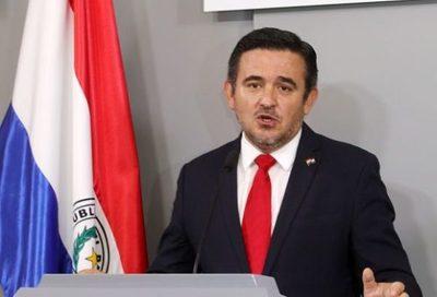 Exministra de Educación cuestiona comparativos hechos por su sucesor Petta