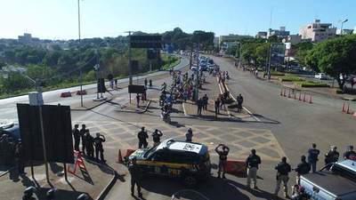 """En Foz, manifestación será este miércoles para """"forzar"""" la reapertura del Puente de la Amistad"""