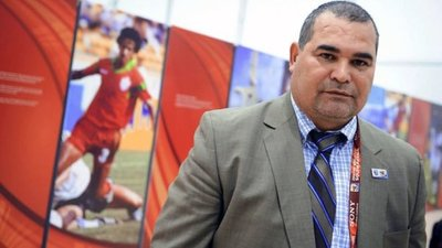 Admiten querella de Alejandro Domínguez contra Chilavert