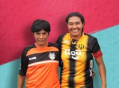 Fútbol femenino: dos emblemáticas que siguen vigentes