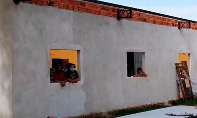 Investigan quema de colchón en albergue de Coronel Oviedo – Prensa 5