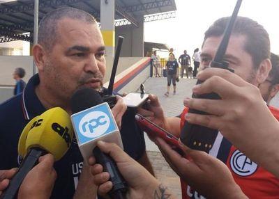 Así recibió Chilavert la demanda de Domínguez