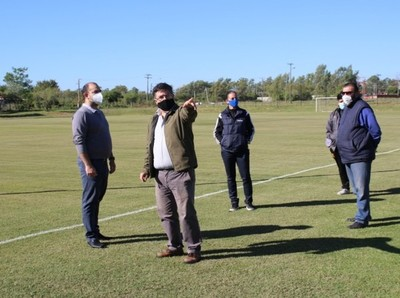 Apuntando al retorno seguro del fútbol