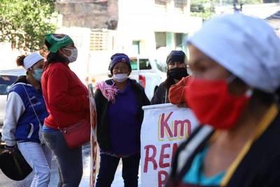 Cocineras de ollas populares se manifestaron frente a la SEN