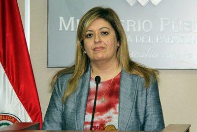 """Diputados """"salvan"""" a Sandra Quiñónez de juicio político"""