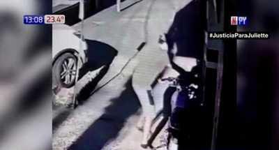¡El colmo! En segundos le roban la moto frente a su trabajo