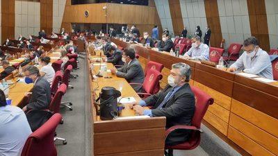 Diputados postergan análisis del proyecto de voto censura a Petta